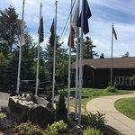 Arrowhead Park - flags at memorial