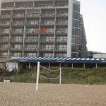 Delta Hotels by Marriott Virginia Beach Bayfront Suites Photo