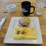 Lite omelet with muffin and good coffee