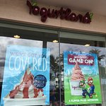 Photo of Yogurtland Waikiki Beach