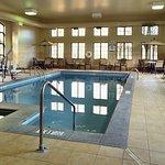 Photo de Staybridge Suites West Chester