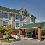 CountryInn&Suites LondonSouth  ExteriorDay