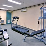 CountryInn&Suites LondonSouth  FitnessRoom
