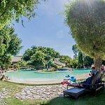 Bluewater Maribago Beach Resort Foto