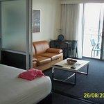 Oaks Gladstone Grand Hotel Photo