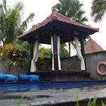 Puri Saron Hotel Baruna Beach Cottages Bali Foto