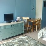newly remodeled 2 bed room all rooms come with medium fridge microwave flat screens with D.T.V c