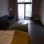 habitacion enorme, muy buena...!