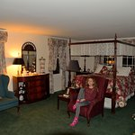 Dutch Colonial Inn Photo