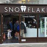 صورة فوتوغرافية لـ Snowflake Luxury Gelato