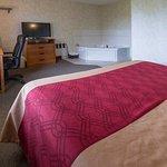 Photo de Econo Lodge Inn & Suites Canandaigua
