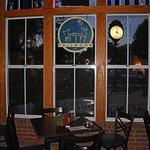 Foto de Full Moon Cafe