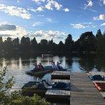 Accès au lac, pédalos et kayaks