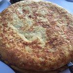 Muy rica Tortilla de Patatas y muy buen tamaño!!