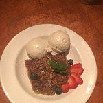 Rhubarb apple crumble