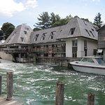 Falling Waters Lodge Foto