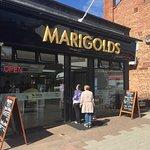 Foto di MARIGOLDS - Quality Fish & Chips. Restaurant & Take-away