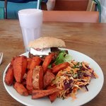 Kino Burger with sweet potato chips and coleslaw with a blueberry shake.