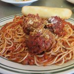 Spaghetti with meat sauce and meatballs