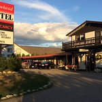 Photo de Yellowhead Motel