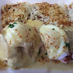 Eggs Benedict and HBrowns