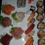 Nikki's gourmet and sushi Foto