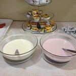 Marmelade, Butter, Joghurt, Salami