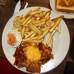 Pulled pork bbq and fries