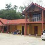Summer Beach Lodge more then beautiful and relaxing place...Privacy and management vary helpful