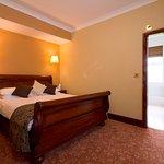 Foto de BEST WESTERN PLUS Castle Inn Hotel