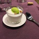 Mousse de Yogur con Sorbete de Manzana Verde