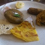 Papad, Gulavati Kabab, Veg Platter