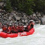 Photo de Alpine Rafting