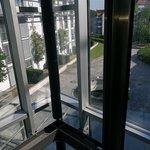 .....Parkhaus-Aufzug...