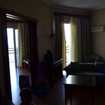Hotel Tzaki Foto