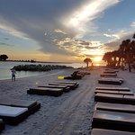 DreamView Beachfront Hotel & Resort Aufnahme
