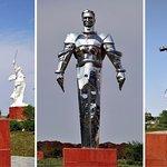 Памятники-символы - Зое Космодемянской, первому космонавту и А.С.Пушкину