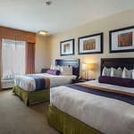 There's room for 2 to 4 guests in our non-smoking room with 2 queen beds.