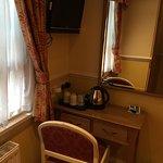 Photo of Hyde Park Radnor Hotel