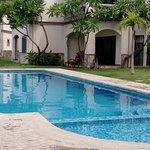 piscina da casa alugada (semi privada)