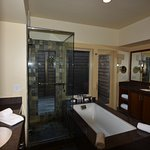 Bay Forest Spa Lodge
