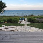 Foto de Lakeshore Bed and Breakfast