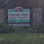 Carmel Cove Inn at Deep Creek Lake لوحة
