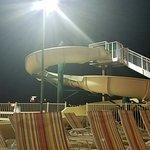 Photo de LakeHouse Hotel