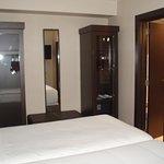 Vista camas y armarios