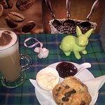 scone & latte