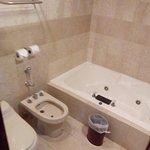 Baño cómodo y espacioso