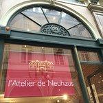 Neuhaus Galerie de la Reine - L'atelier de Neuhaus Foto