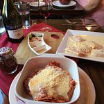 Meat lasagna and crab-stuffed ravioli w/ Chianti