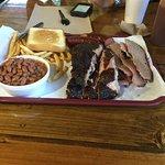 Photo de Smokin' Joes BBQ & RV Park